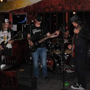 Liquid Courage - Cover Band in Niagara Falls, Ontario