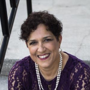 Lisa Demmi, Social Media Bad Ass - Business Motivational Speaker in Tampa, Florida