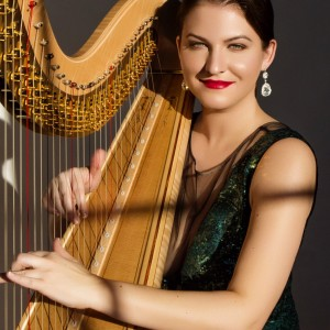 Lisa Marie Kahn - Harpist in Chicago, Illinois