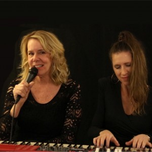 Lisa Maxwell and Sarah Jane Cion and The American Songbook - Jazz Band / Pianist in Hastings On Hudson, New York