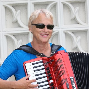 Live Dance Music By Linda - Polka Band / Accordion Player in Seal Beach, California