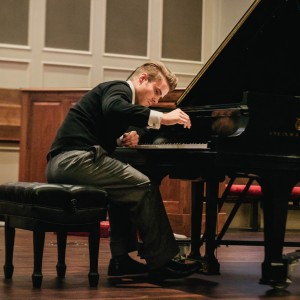 Live Music - Pianist in Lakeland, Florida