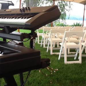 Live Piano Music - Pianist / Wedding Entertainment in Meredith, New Hampshire