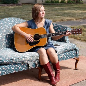 Liza Day - Singer/Songwriter / Folk Band in Chicago, Illinois