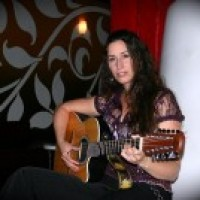 Lisa Itts - Singer/Songwriter / Guitarist in Babylon, New York