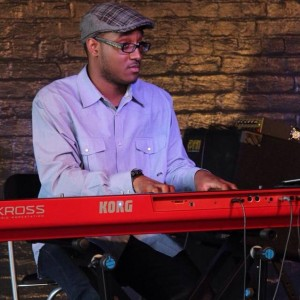 Lloyd Johnson - Pianist / Bassist in Lynwood, Illinois