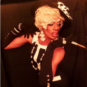 Lola Honey - Drag Queen / Pop Singer in Lancaster, California