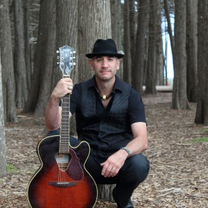 Lu Music Entertainment - Singing Guitarist in Redwood City, California