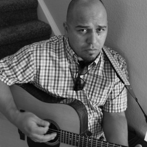 Luigi Casaretto - Singing Guitarist / Acoustic Band in Denver, Colorado