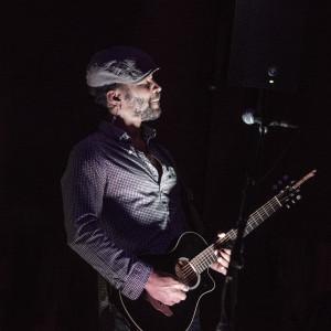 Luqman Rashada - Singing Guitarist in Dallas, Texas