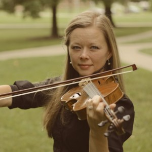 Lynnora Stary - Violinist / Wedding Entertainment in Olathe, Kansas