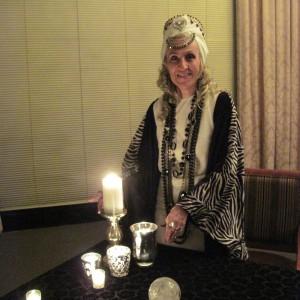 Madame LaReine - Psychic Entertainment in Dallas, Texas