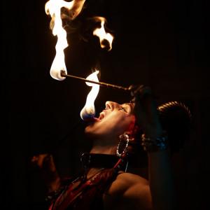 Ma'damn, that Burnz! - Fire Eater in San Francisco, California
