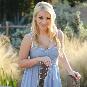 Maddie Logan - Singing Guitarist / Acoustic Band in Laguna Niguel, California