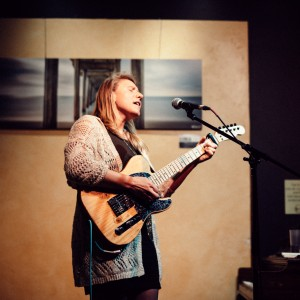 Madeleine Grace - Singing Guitarist / Folk Singer in Rosendale, New York