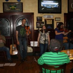 Madra Rua - Irish / Scottish Entertainment / Celtic Music in Pepperell, Massachusetts