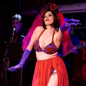 Maggie Motorboat - Burlesque Entertainment in Oakland, California