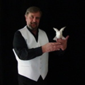 Magic by Grebo - Magician / Trade Show Magician in Staunton, Virginia