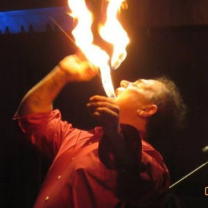 Magic & Escapes, Entertainment - Comedy Magician in Flint, Michigan