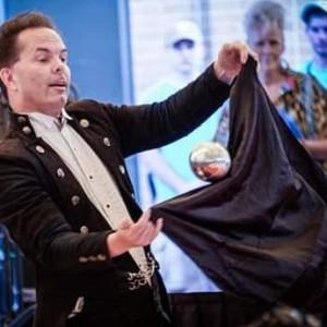 Magic of Mark Luedtke - Magician in Utica, Michigan
