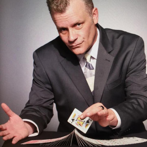 Kevin C. Carr - Strolling/Close-up Magician in Middlesex, New Jersey