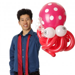 Magician & Balloon Twister-Perry Yan - Children's Party Magician / Comedy Magician in San Francisco, California