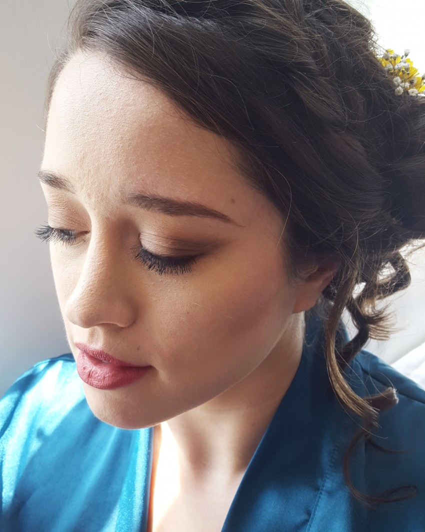 Hire Makeup  by EZ Makeup  Artist in Omaha  Nebraska