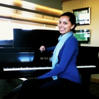 Malaika Magomolla - Classical Pianist in Minneapolis, Minnesota