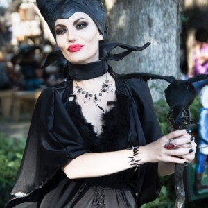 Maleficent Cosplayer - Costumed Character / Look-Alike in New Berlin, Wisconsin