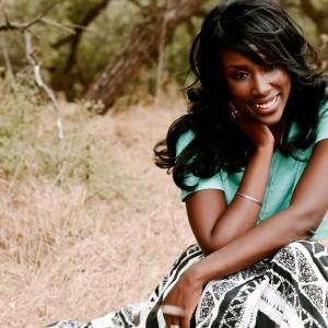Malynda Hale-Singer Songwriter