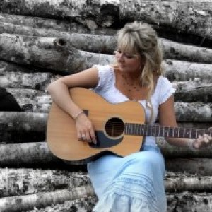 Mandy Atkinson - Wedding Singer / Pop Singer in Truro, Nova Scotia