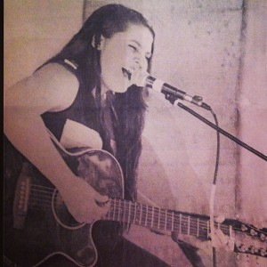 Mandy Mary Lane - Singing Guitarist / Acoustic Band in Miami, Florida