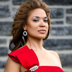 Manna KnJoi, Lyric Soprano - Opera Singer in New York City, New York