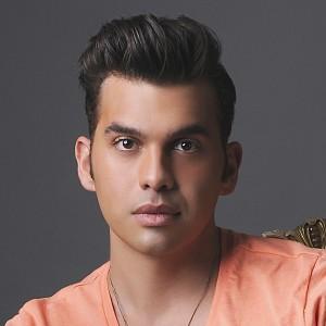 Manolo Alayeto - Pop Singer in Snellville, Georgia