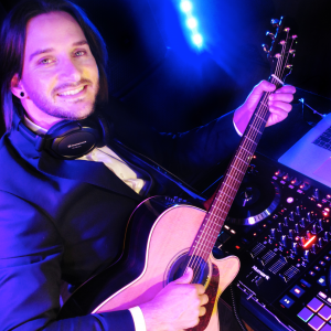 Marcus Cappellazzo - DJ / Wedding Singer in San Francisco, California