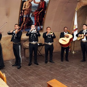 Mariachi Aguilas de Bakersfield - Mariachi Band / Spanish Entertainment in Bakersfield, California