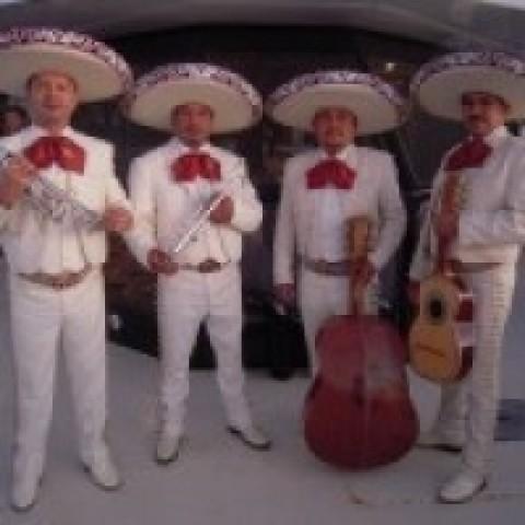 Hire Mariachi Pancho Villa Mariachi Band In Palm Beach