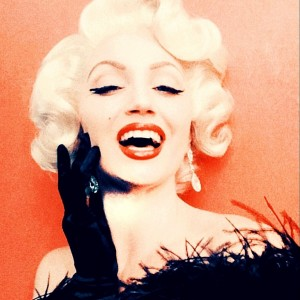 Mrs Monroe Entertainment - Marilyn Monroe Impersonator / Singing Telegram in Los Angeles, California
