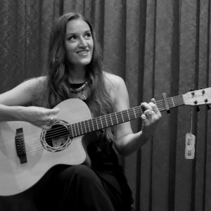 Marissa Hollenback - Singing Guitarist / Wedding Musicians in Long Beach, California