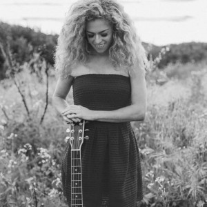 Marissa Louise - Singing Guitarist in Chino Hills, California