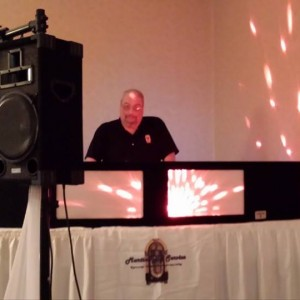 Martins Dj Service - Mobile DJ / Outdoor Party Entertainment in Warren, Ohio