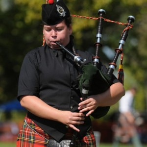 Mary Thrasher - Bagpiper in Streamwood, Illinois
