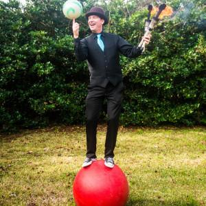 Matt Gravity - Juggler / Circus Entertainment in Charleston, South Carolina
