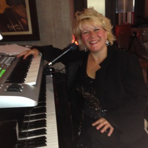Maureen Smith - Pianist in Toronto, Ontario