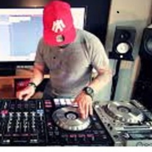 Max Karpel - DJ / Mobile DJ in Tarzana, California
