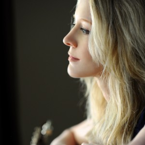 Melanie Devaney - Singing Guitarist / Country Singer in Chicago, Illinois
