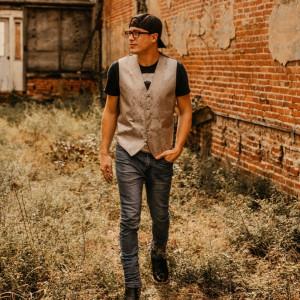 Michael Brandon Music - Country Singer / Singing Guitarist in Dothan, Alabama