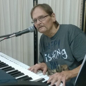 Michael Hyde - Singing Pianist in St Petersburg, Florida