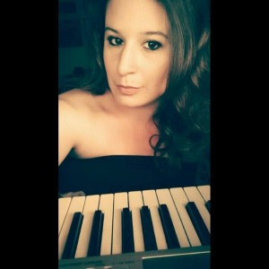 Michelle Repajic - Singing Pianist in Los Angeles, California