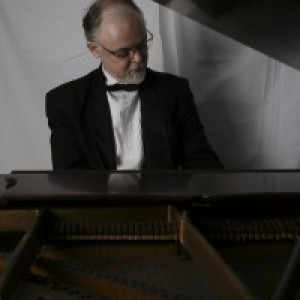 Mike Benjamin, Professional Pianist